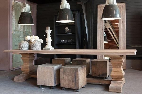 Tafels-op-maat-maatwerk-eiken-eikenhout-massief-echt-uniek-robuust-kloostertafel