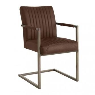 Ferro is een eetkamerstoel met armleuning en een industrieel uiterlijk. Metalen freischwinger onderstel en bruin leer look bekleding.