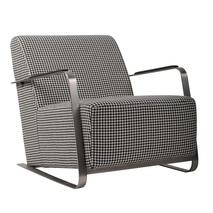 Zuiver Adwin fauteuil zwart wit