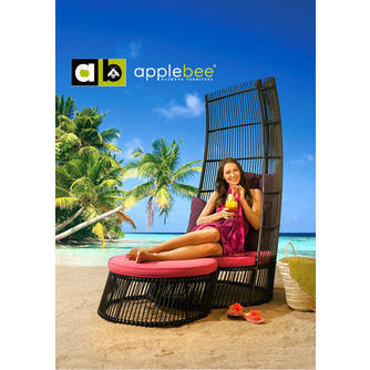 loungestoel-cage-applebee-troon-wicker-beewett-raspberry-purple-footstool