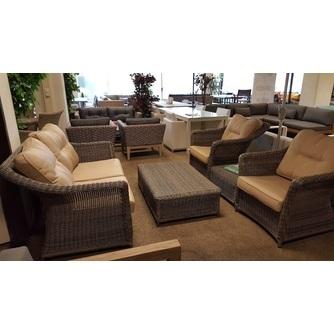 loungeset-maxime-6-delig-misty-grey-applebee-goud-wicker-kunststof-vlechtwerk-verticaal-stiksel-salontafel-bijzettafel-fauteuil-tuinbank