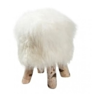 kruk-ijslands-wit-dyreskinn-schapenvacht-poef-hocker-voetenbank-voetsteun-wol-schaap-vacht-Europees-Bilthoven-Utrecht-berkenhout-pootjes
