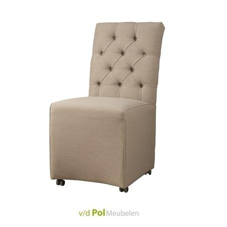 stoel-eetkamerstoel-eetstoel-brian-beige-beigebruin-bruin-stoel-op-wieltjes-gecapitonneerd-knopen-in-rugleuning-rug-wielen-verrijdbaar-landelijk-klassiek-tower-living-goedkoop-stijlvol