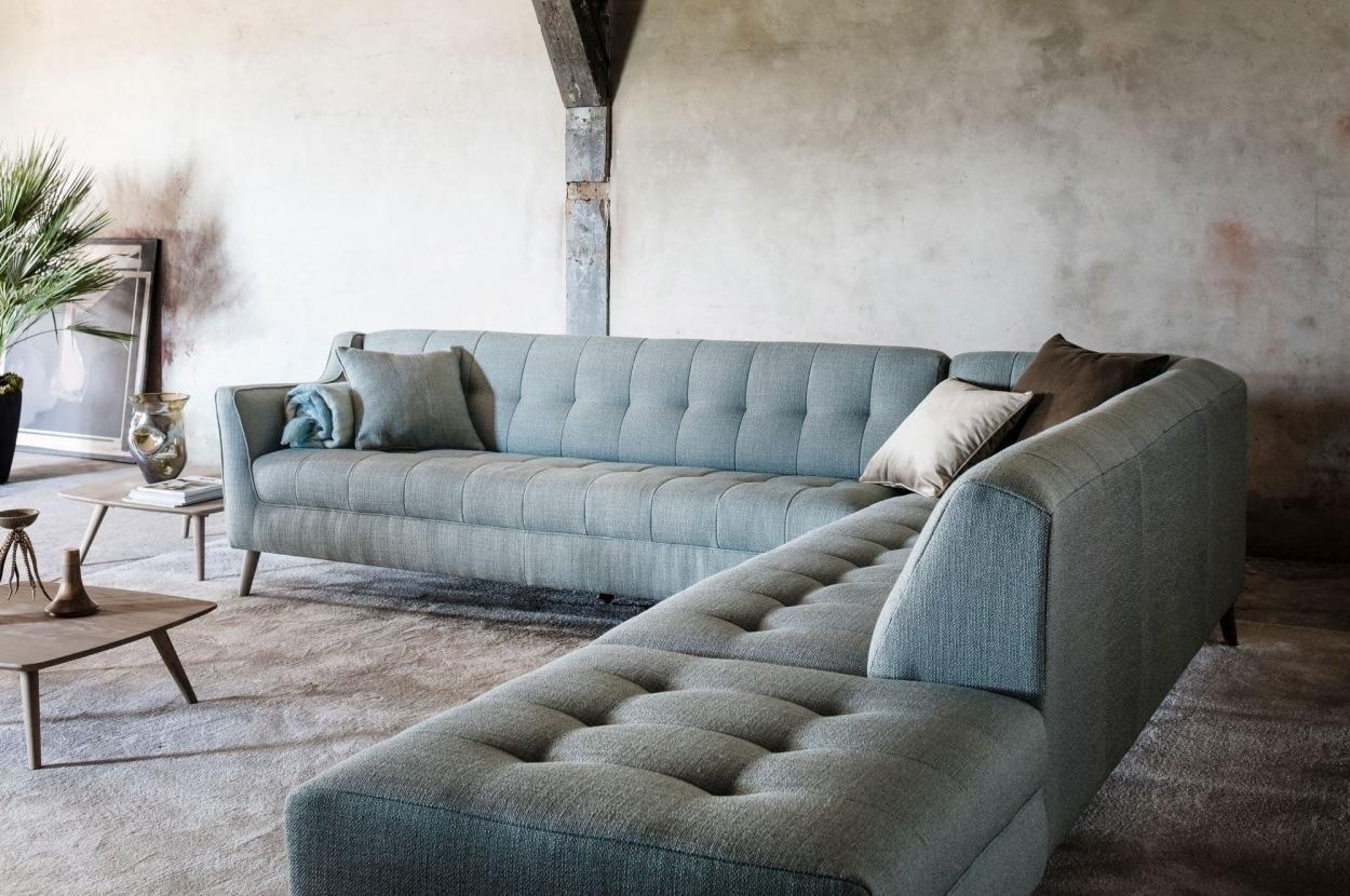 bank-sofa-zitbank-hoek-loungebank-zithoek-hoekbank-ventigo-passepartout-gecapitonneerd-houten-poot-metalen-onderstel-chroom-elementenbank-module-modulair-stof-leer-modern-hip-klassiek-passepartout