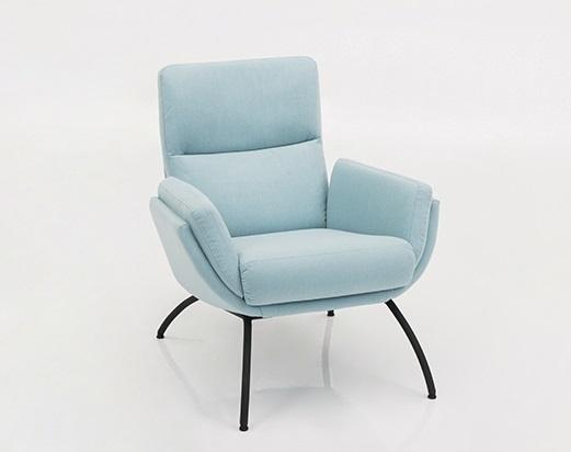 fauteuil-stiknaad-modern-hip-armfauteuil-1495-hjort-knudsen-royaal
