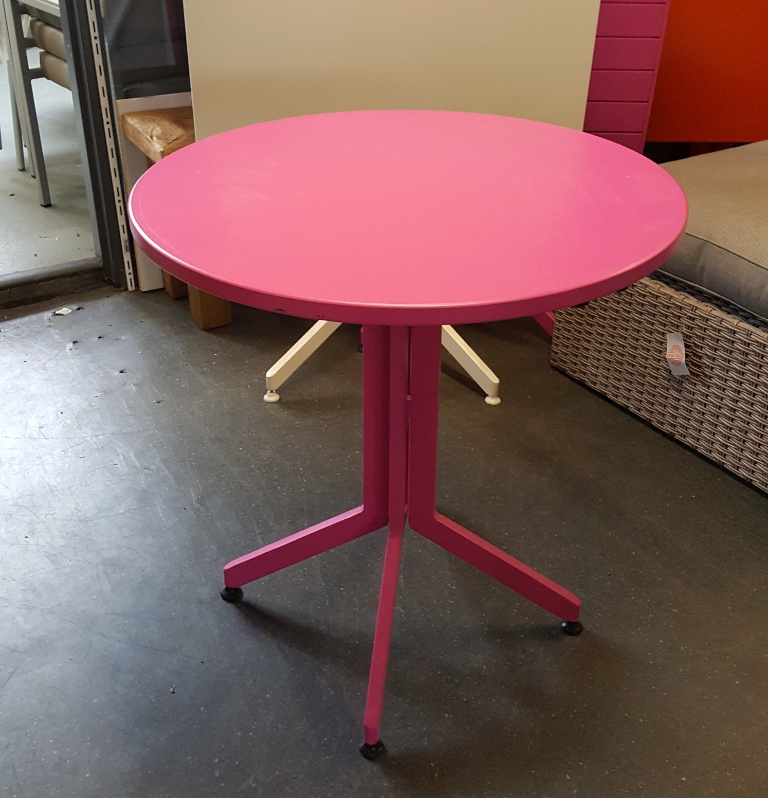 Tuintafel Hawaii roze Applebee rond
