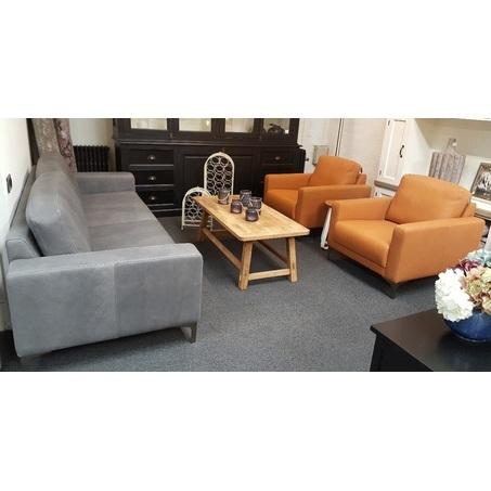 showmodel-dortmund-bank-en-2-fauteuils-chelsea-leer