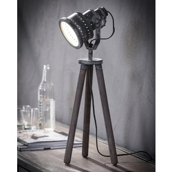 tafellamp-bureaulamp-houten-driepoot-hout-metaal-stoer-industrieel-spotlight-schijnwerper-stoer
