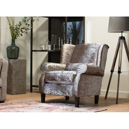 fauteuil-chelsey-armstoel-urban-stofa-zilver-glimmend-houten-poot-chique