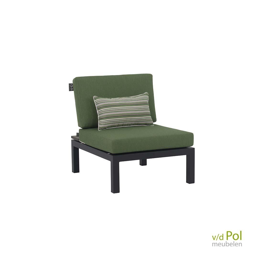 pebble-beach-center-chair-concrete