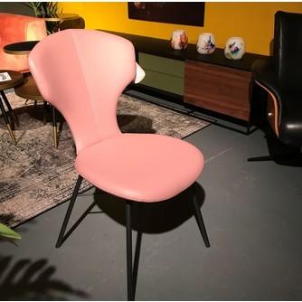 showmodel-6-x-stoel-roze