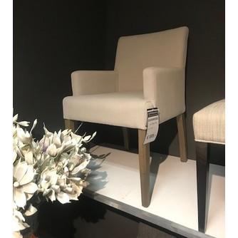 showmodel-4-x-stoel-vie