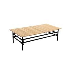 yoi ki grote rechthoekige lage salontafel voor buiten, met teak blad en zwart aluminium frame