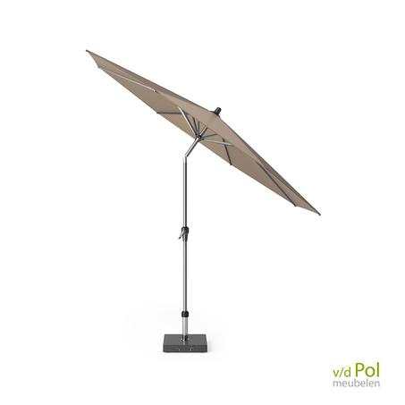 staande-parasol-platinum-riva-taupe-3m