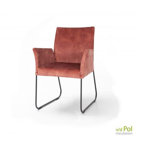 slede-stoel-met-armleuning-nouvion-nina